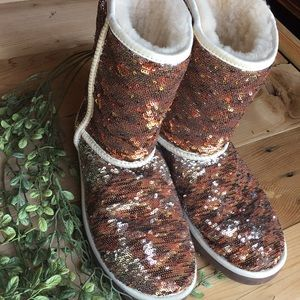 Ugg Short Classic Champagne Sequin Boots size 9
